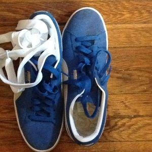 a74df0ce1a7f Puma Shoes - Puma suede classic Olympian blue W  white 9 1 2